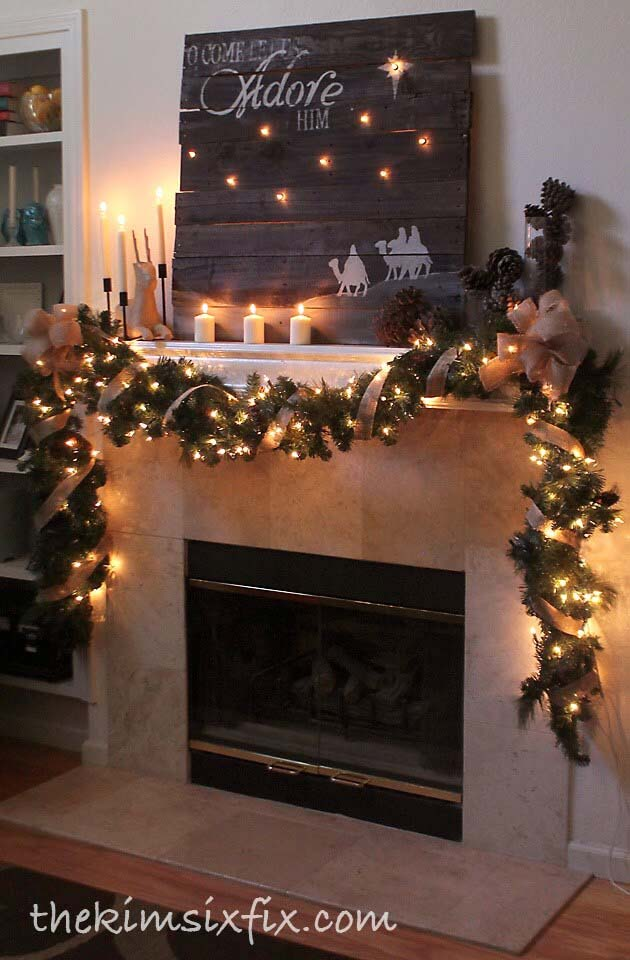 Create a Starry Scene with Pallet Backlighting #Christmas #mantel #decorhomeideas