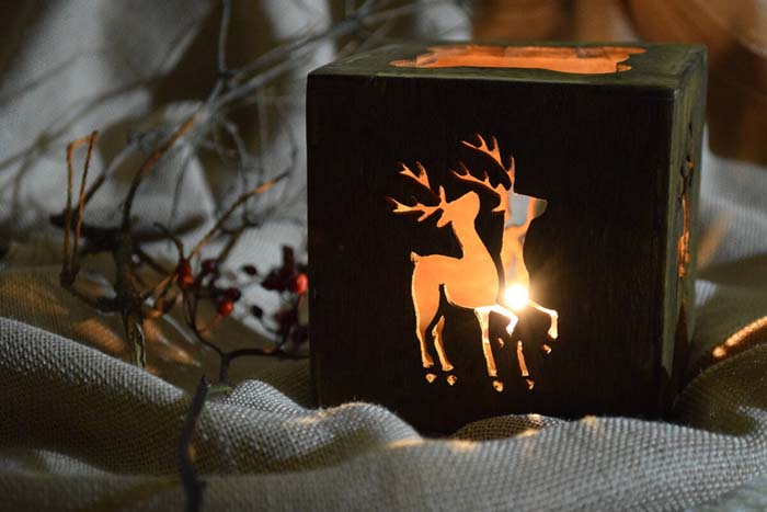 Creative and Unique Reindeer Candle Holder #Christmas #reindeer #decorhomeideas