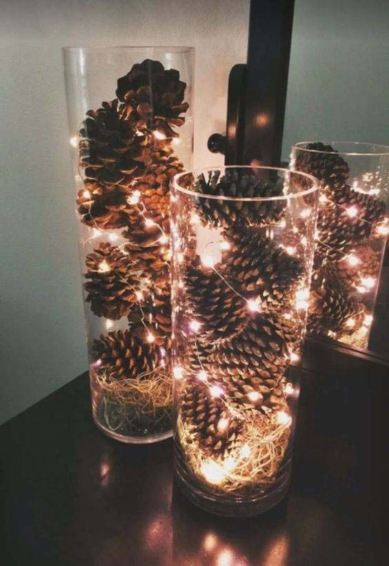 Pinecones & Fairy Lights Centerpiece #Christmas #cheap #elegant #decorhomeideas