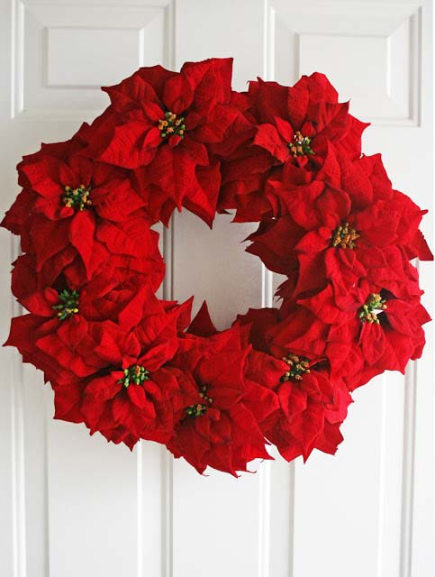 Poinsettia Wreath #Christmas #cheap #elegant #decorhomeideas
