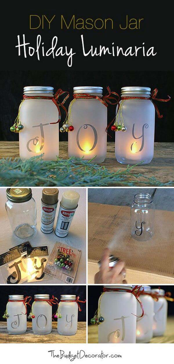 Spell it Out with Frosted Luminaries #Christmas #crafts #decorations #decorhomeideas