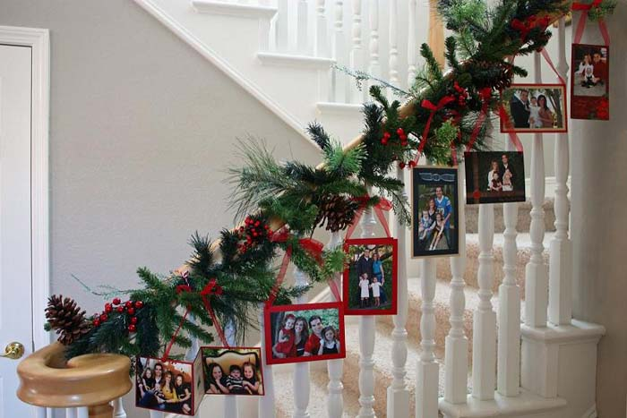 Stairway to the Holidays #Christmas #indoordecorations #decorhomeideas