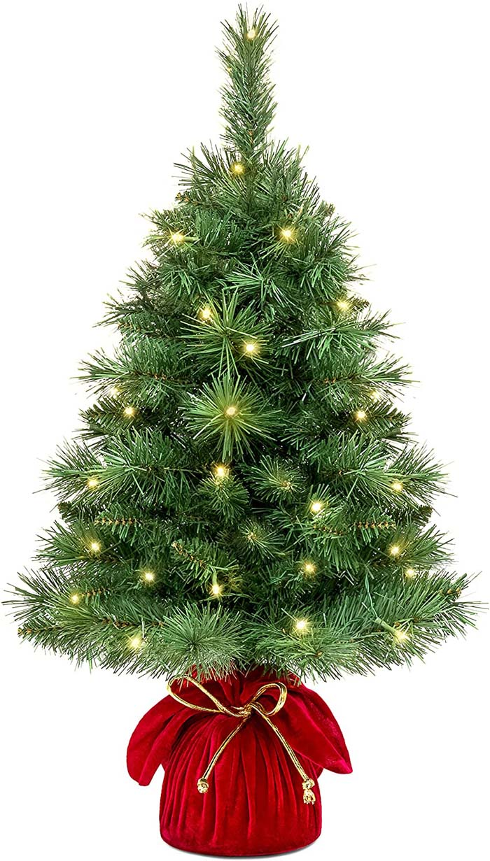 Tabletop Artificial Christmas Tree With LED Lights #Christmas #Christmastree #artificialtree #decorhomeideas