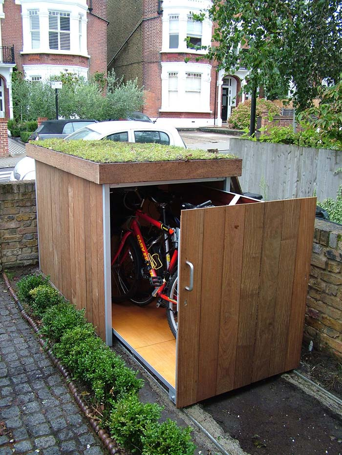 A Hideaway Storage Space for Smaller Objects #shed #garden #decorhomeideas