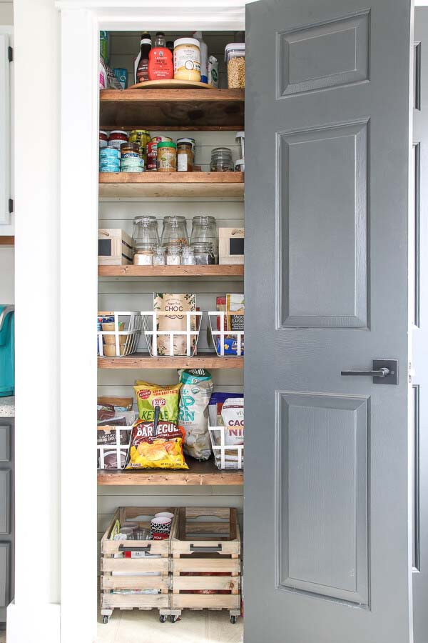 A Reorganization that Recaps Kitchen Pantry Ideas #pantry #shelves #decorhomeideas