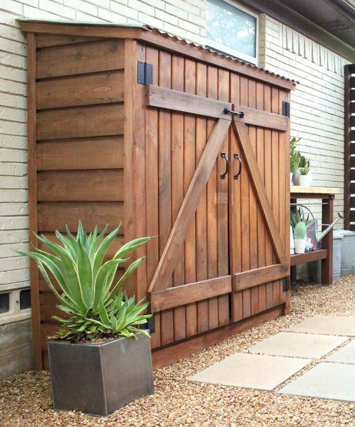 A Wooden Small Storage Shed Ideas #shed #garden #decorhomeideas