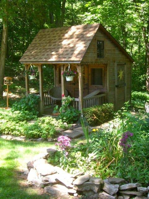 Backyard Garden House #backyardhouse #decorhomeideas