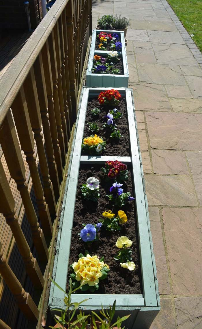 Classic Beauty With Traditional Flower Boxes #spring #planter #decorhomeideas