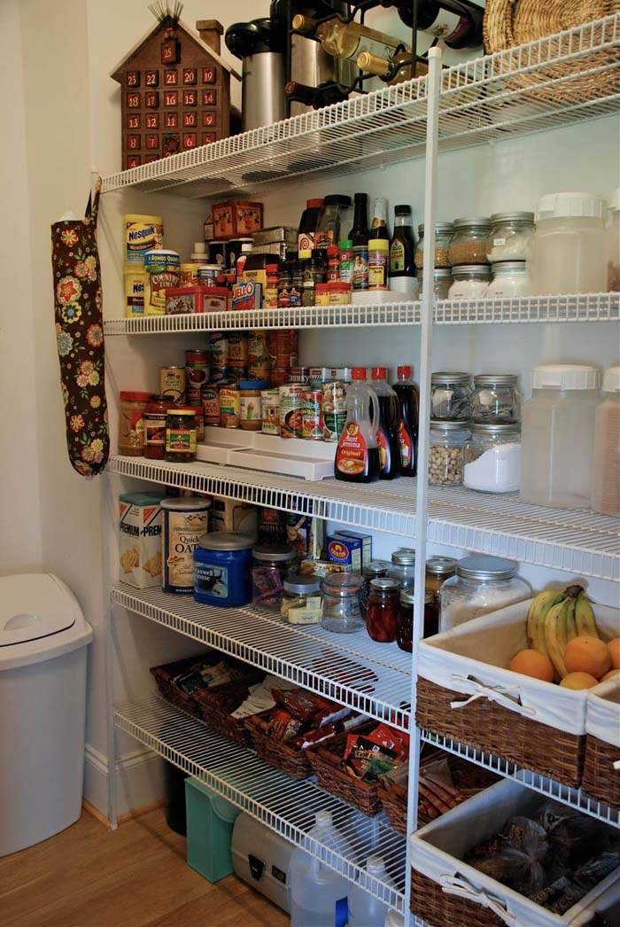 Create a Pantry Design for a Closet #pantry #shelves #decorhomeideas