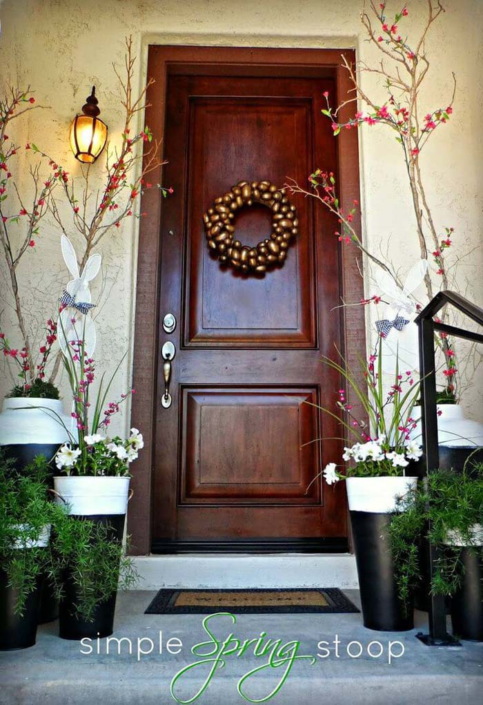 Flower and Branch Planters for Spring #spring #frontporch #decor #decorhomeideas