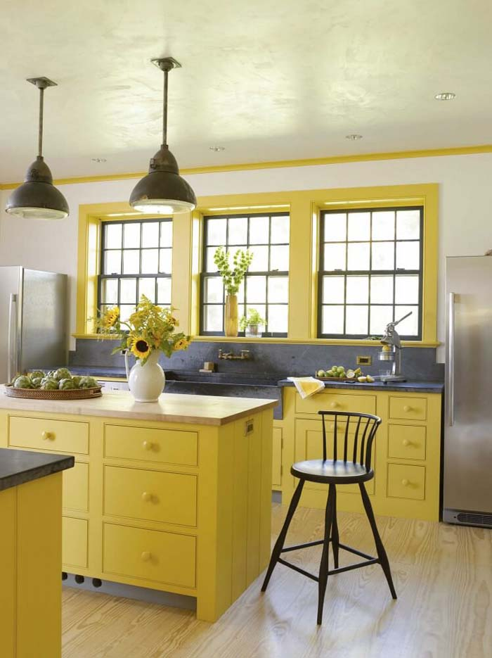 Industrial Lighting and Yellow Cottage Kitchen #cottage #kitchen #decorhomeideas
