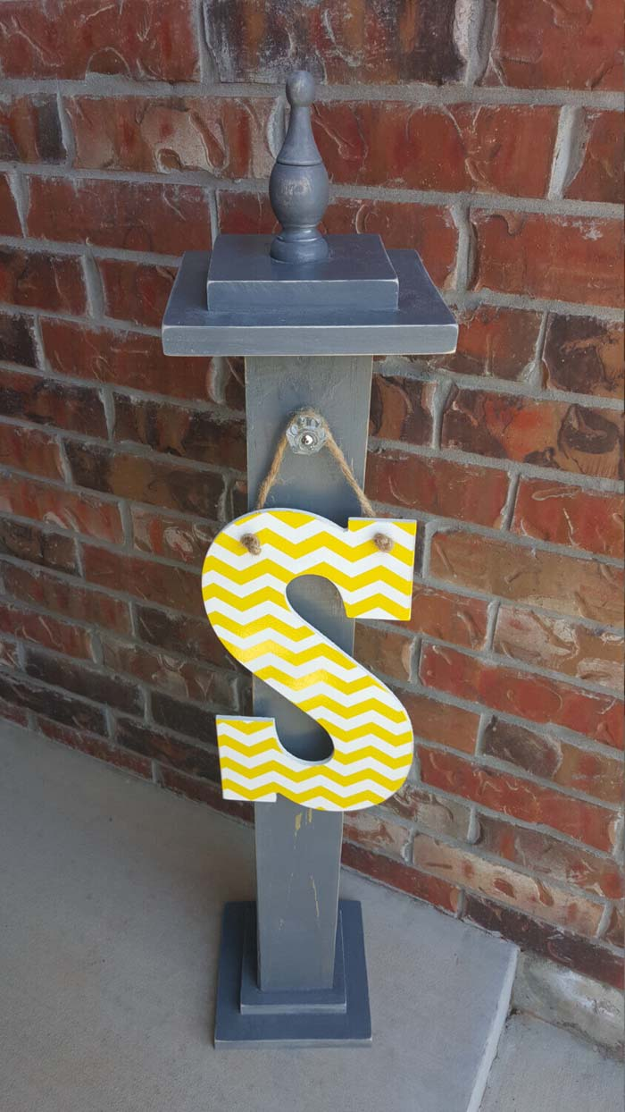 Initial Letter Sign for Front Porch Post #porch #post #decorhomeideas