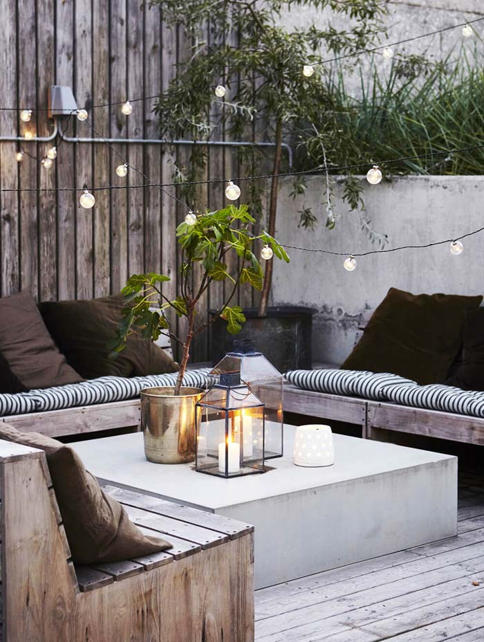 Mix up Lighting Sources for an Interesting Variety #lighting #yard #outdoor #decorhomeideas