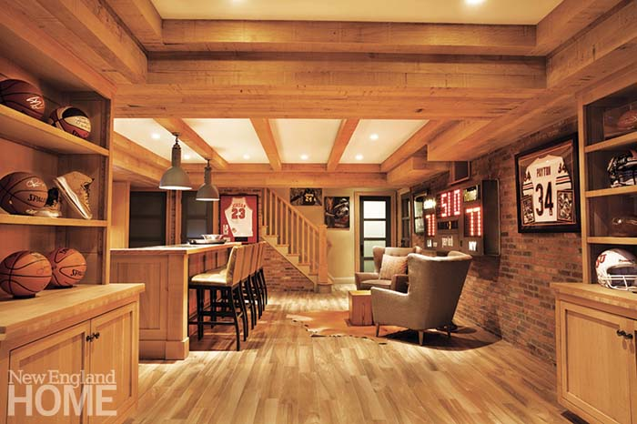 Natural Wood with a Sports Inspiration #mancave #decorhomeideas