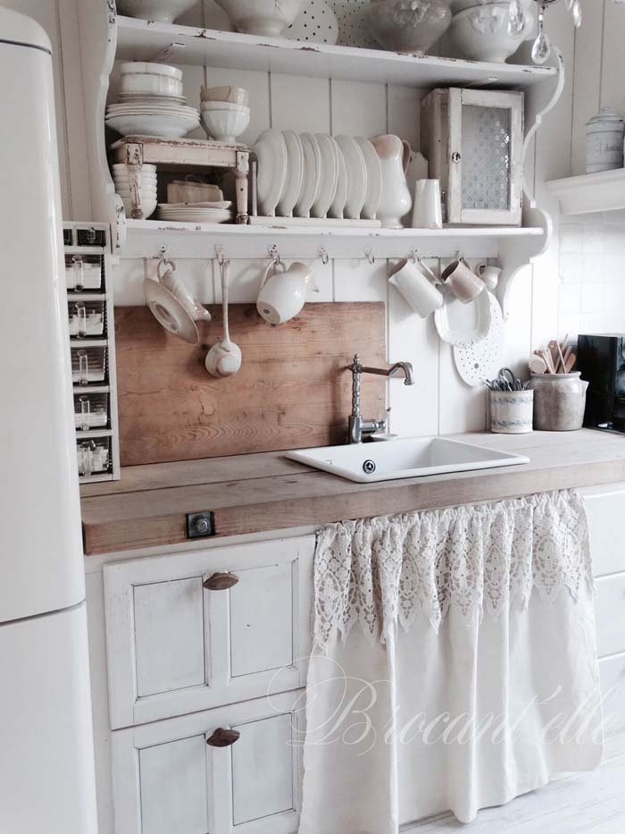 Old World Elegance Cottage Kitchen #cottage #kitchen #decorhomeideas