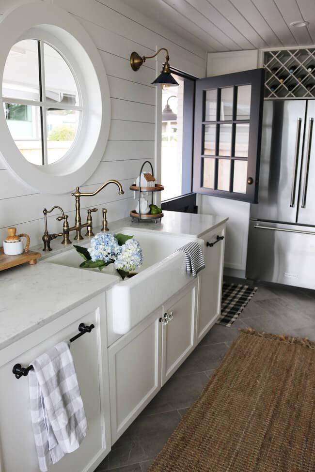 Porthole Window, Dutch Door Cottage Kitchen #cottage #kitchen #decorhomeideas