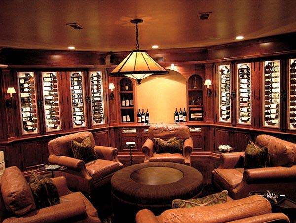 Reclining with a Good Wine #mancave #decorhomeideas