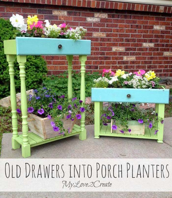 Springy DIY Upcycled Drawer Planters #spring #frontporch #decor #decorhomeideas