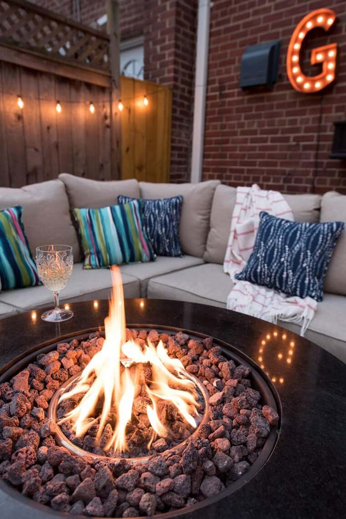 Stay Warm and Bright with an Outdoor Fire Pit #lighting #yard #outdoor #decorhomeideas