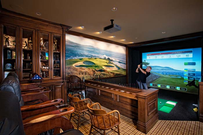 The Golfer's Retreat Man Cave Idea #mancave #decorhomeideas