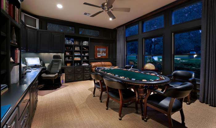 The Versatile Man Cave #mancave #decorhomeideas