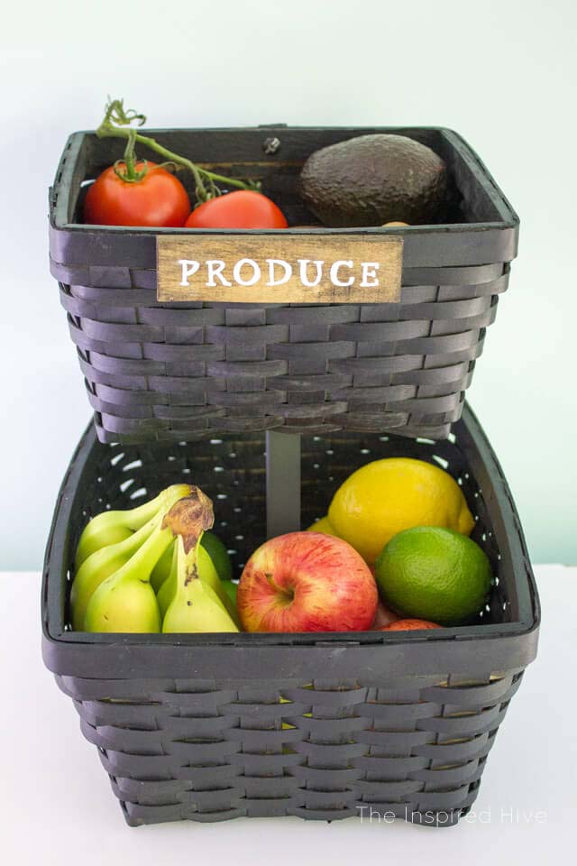 Thrifted Baskets Turned Produce Stand #rustic #storage #organization #decorhomeideas