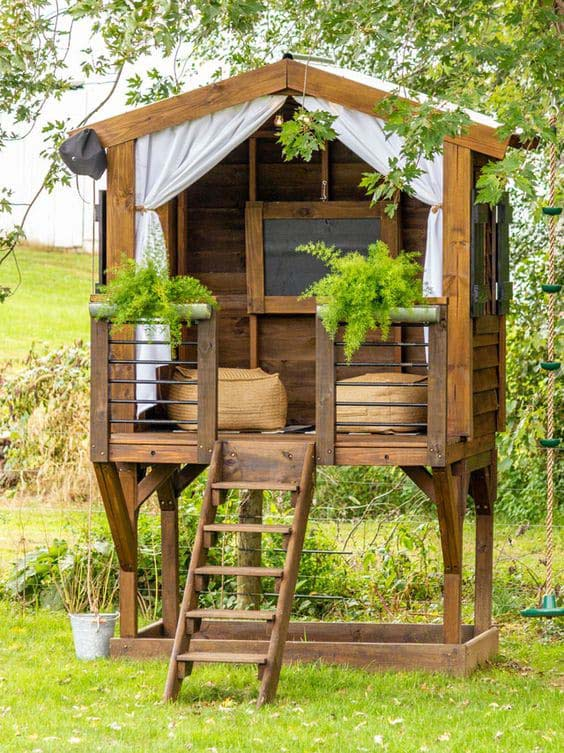 Tiny Elevated Wooden Getaway #backyardhouse #decorhomeideas