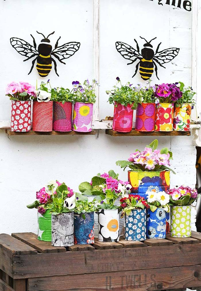 Upcycled Tins As Sweet Garden Highlights #spring #planter #decorhomeideas