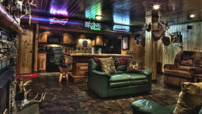 Using Sports Bar Elements #mancave #decorhomeideas