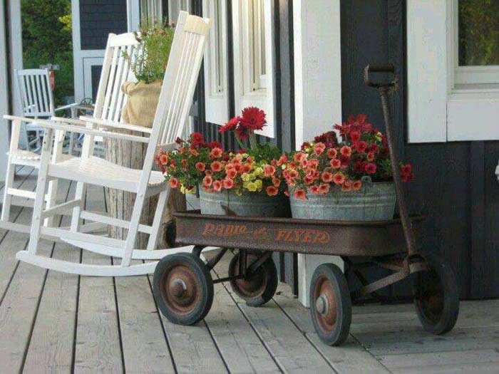 A Wagon Full of Flowers #rustic #porch #vintage #decorhomeideas