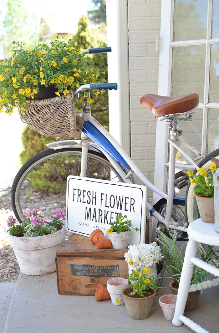 Bicycle With Basket Flower Planter #rustic #springdecor #porch #decorhomeideas