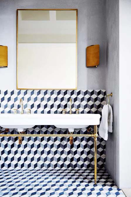 Bold Graphic Tiles to Make a Statement #showertile #bathroom #decorhomeideas