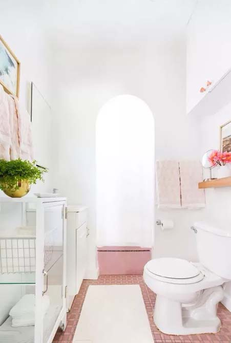 Bubble Gum Pink Bathroom #showertile #bathroom #decorhomeideas