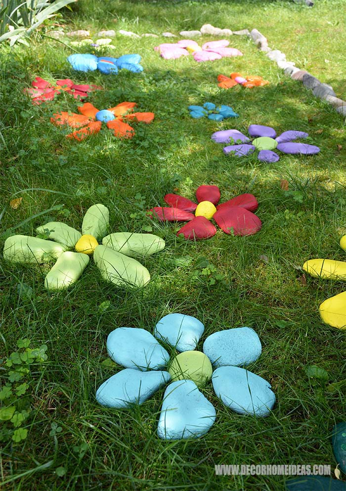 DIY Painted Rock Flowers Garden #outdoor #springdecor #decorhomeideas