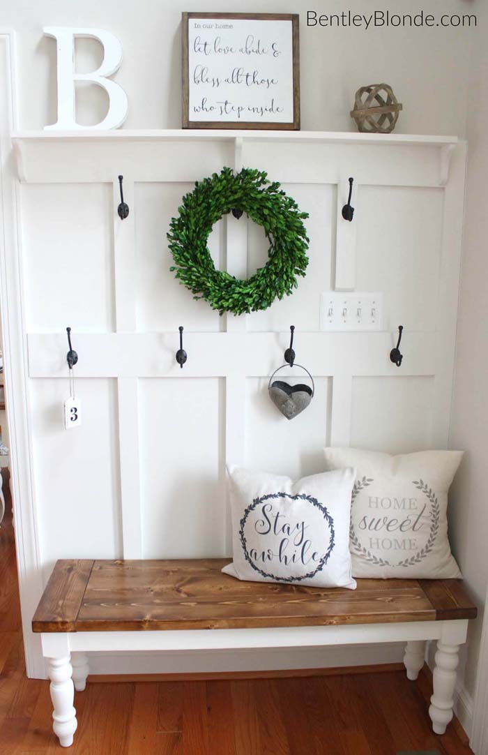 French Farm House Coat Rack and Bench #entrywaybench #diy #decorhomeideas