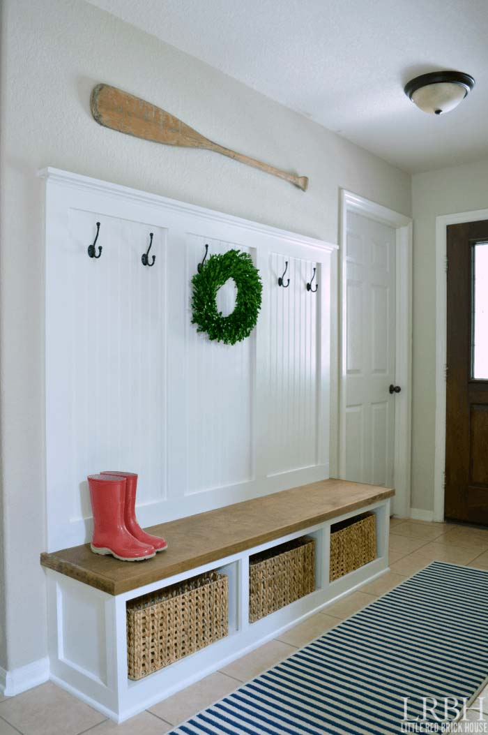 Large DIY Bench Projects #entrywaybench #diy #decorhomeideas