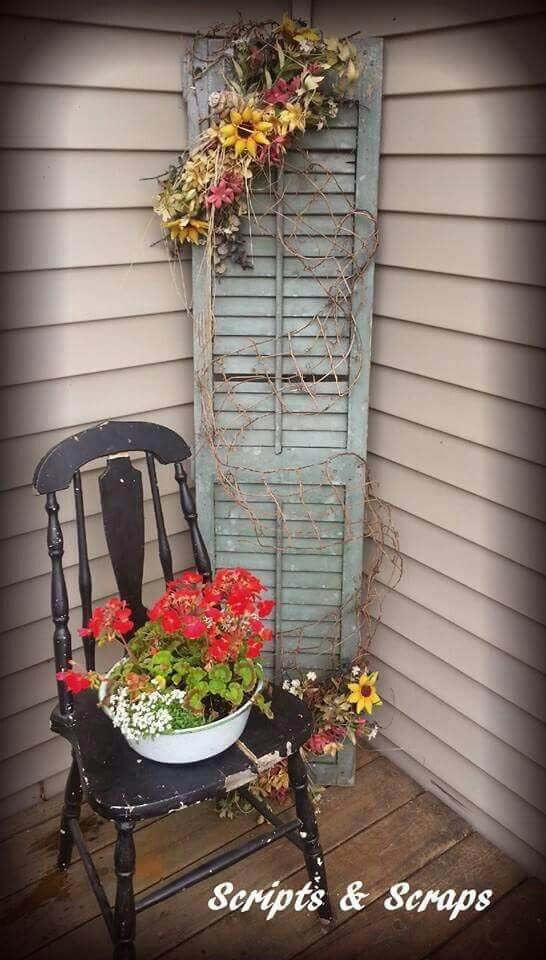 Old Chair, Old Shutter, Fresh Flowers #rustic #porch #vintage #decorhomeideas