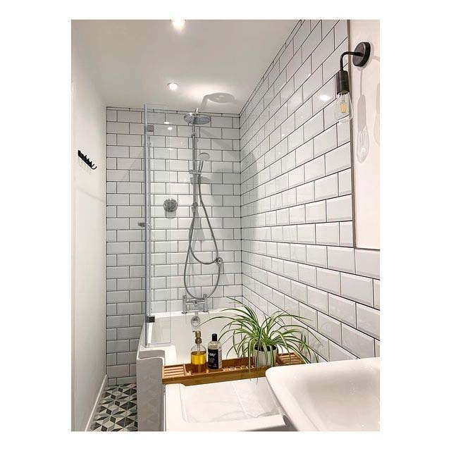 Sleek Tile Design For Small Bathroom #showertile #bathroom #decorhomeideas