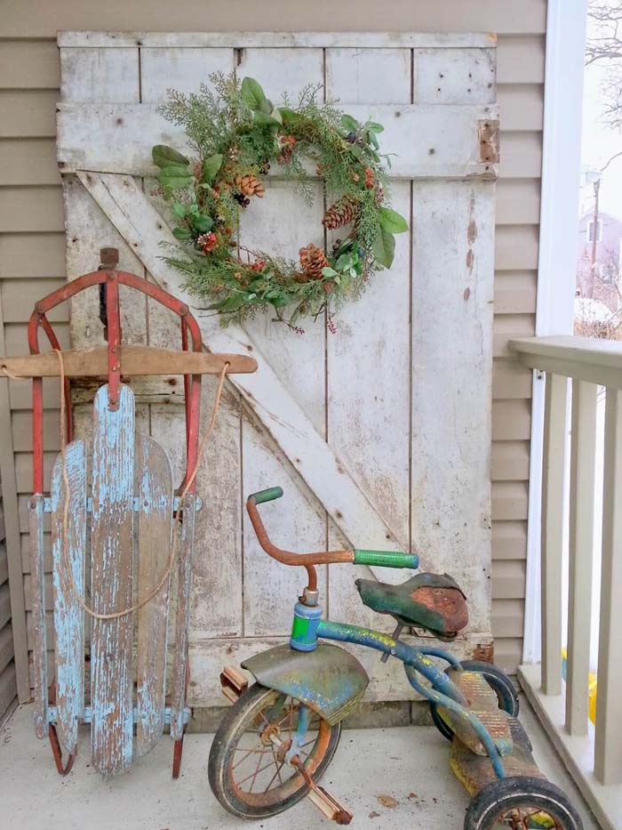 The Ghosts of Christmas Past #rustic #porch #vintage #decorhomeideas