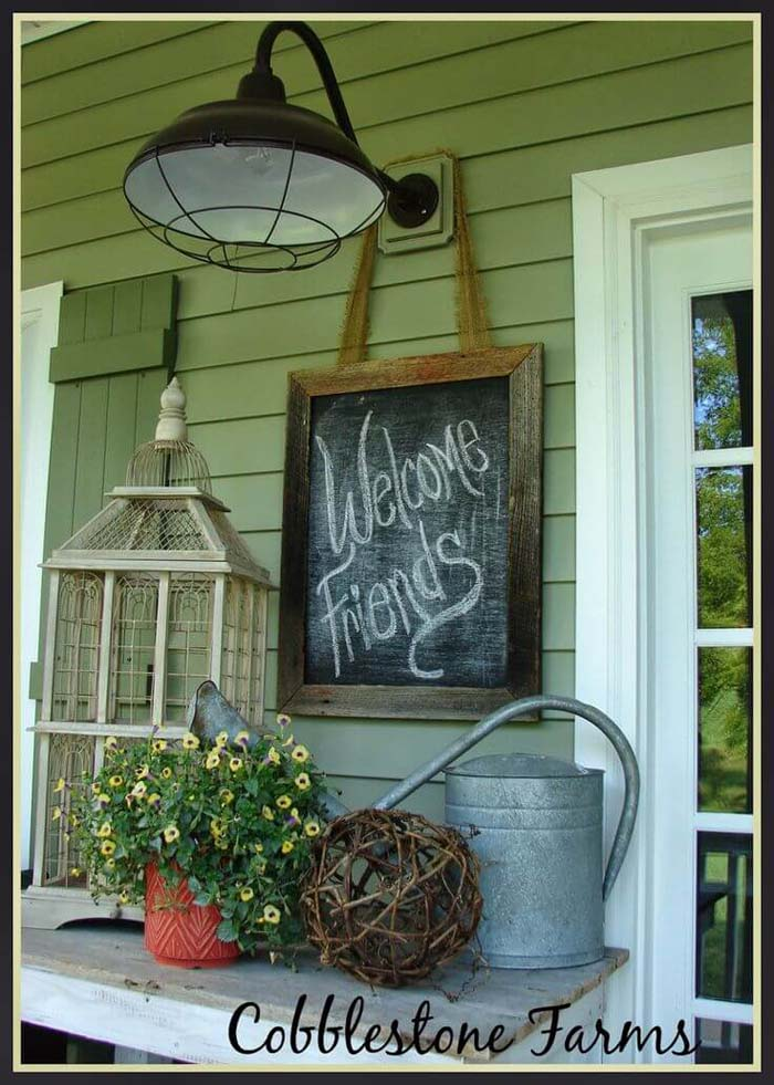 Welcome Friends with Industrial Lighting #rustic #porch #vintage #decorhomeideas