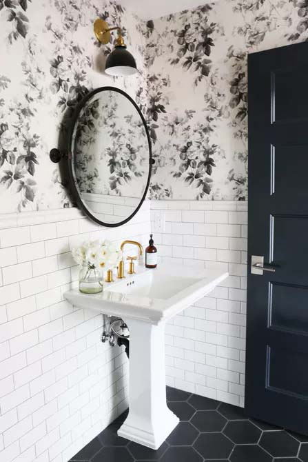 White and Black for Drama #showertile #bathroom #decorhomeideas