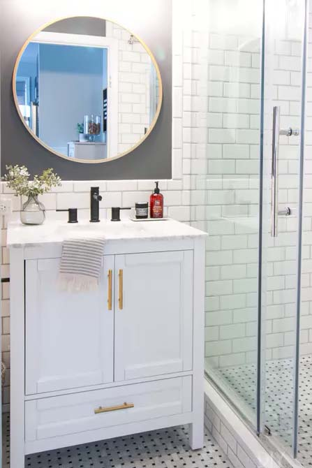 White Tiles to Create Openness #showertile #bathroom #decorhomeideas