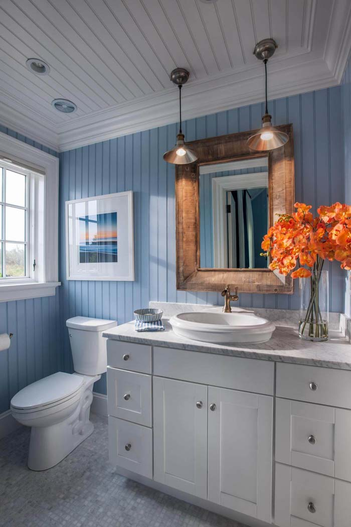 Beachy Blue Wainscoting with Copper Accents #smallbathroom #design #decorhomeideas