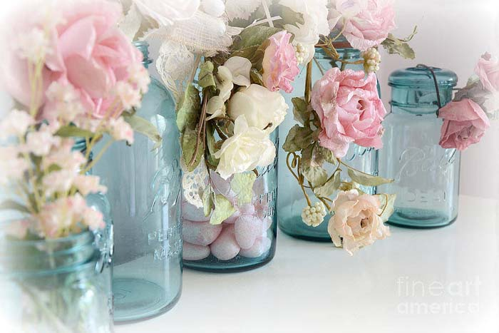 DIY Mason Jar Rose Decorations #shabbychic #bathroom #decorhomeideas