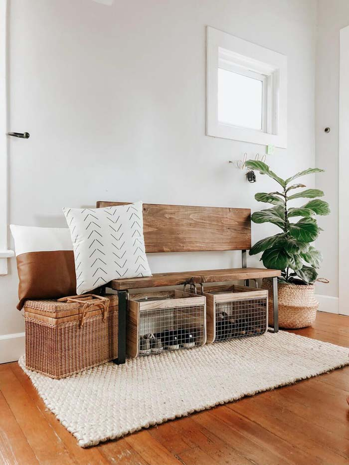 Keep It Clean with Wired Shoe Bins #rusticentryway #farmhouse #decor #decorhomeideas