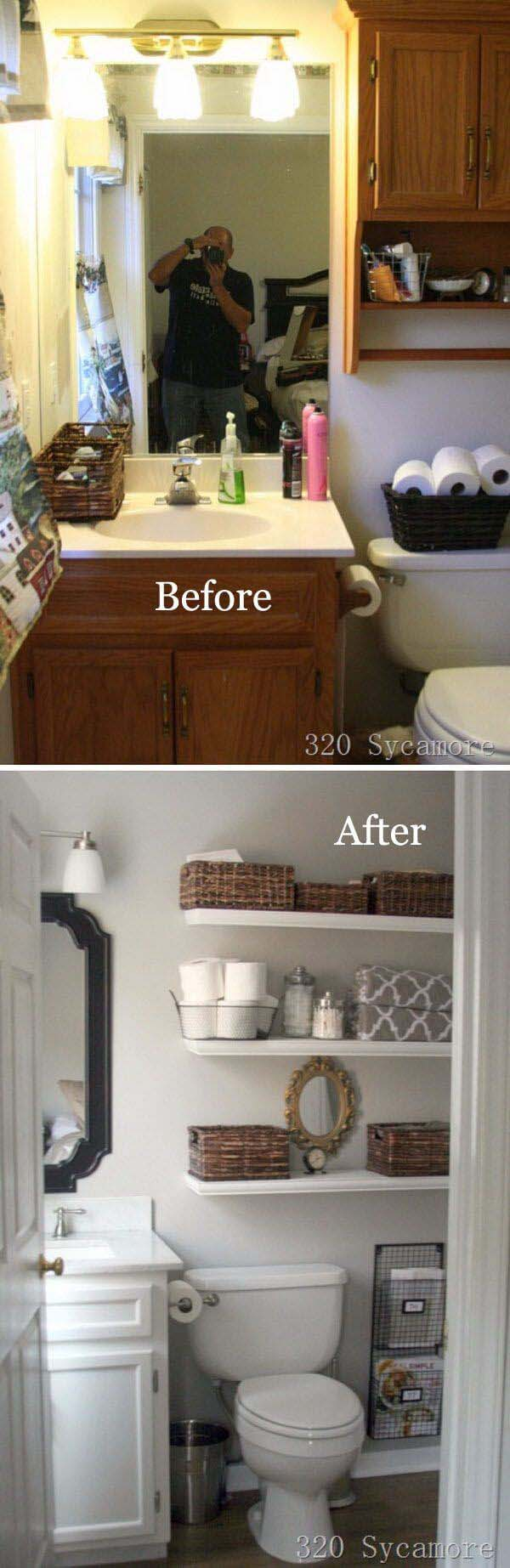 Light Paint Does Wonders in Small Bathrooms #bathroom #makeover #decorhomeideas