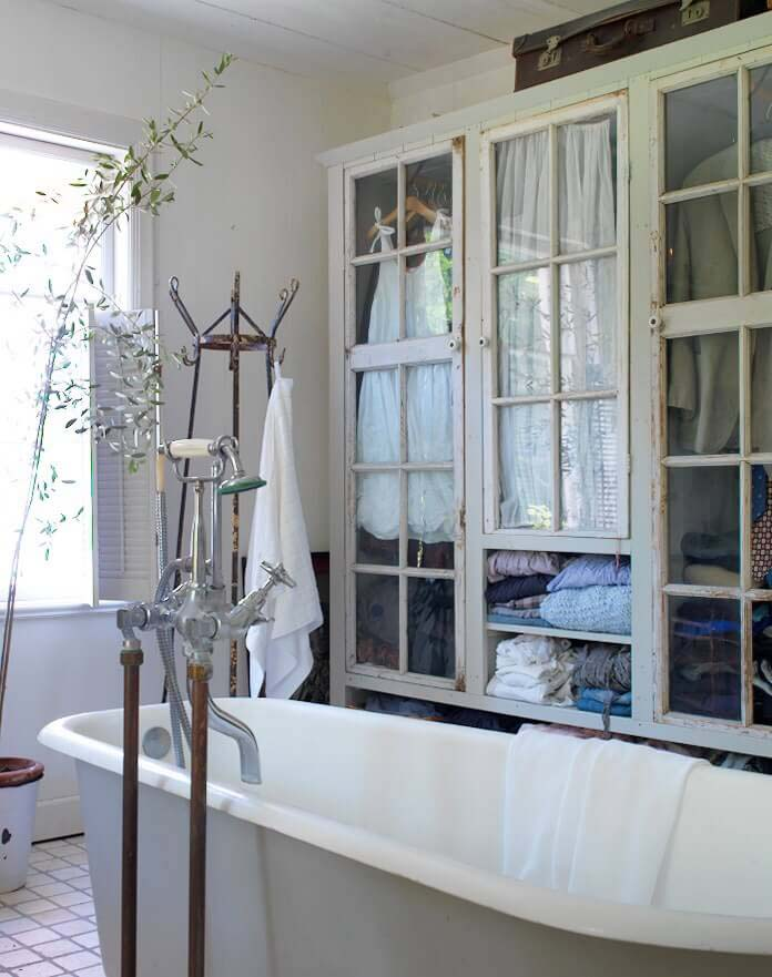Linen Closet with Antique Doors #shabbychic #bathroom #decorhomeideas