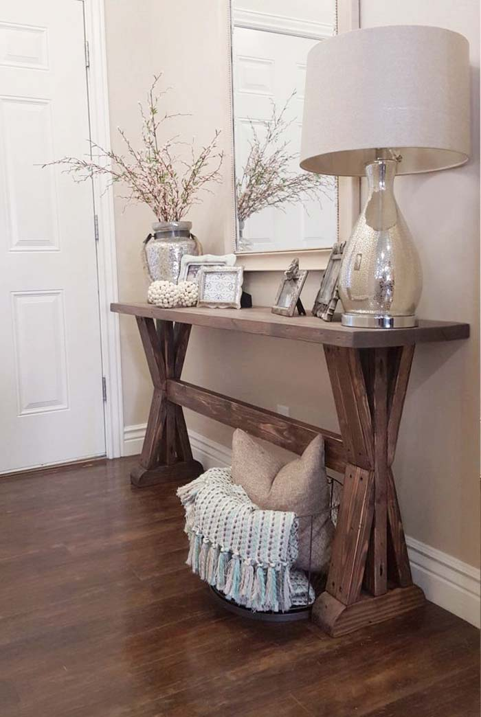 Neutral Rustic Entryway Decorations Bring out Textures #rusticentryway #farmhouse #decor #decorhomeideas
