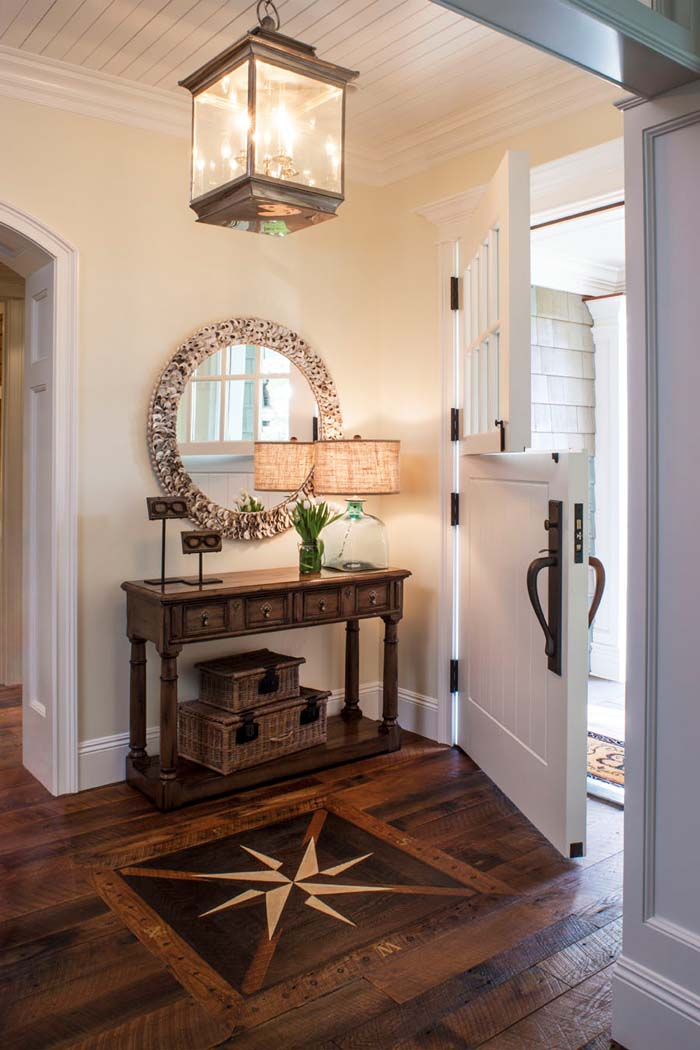 Oversized Entry Light Welcomes with Warmth #rusticentryway #farmhouse #decor #decorhomeideas