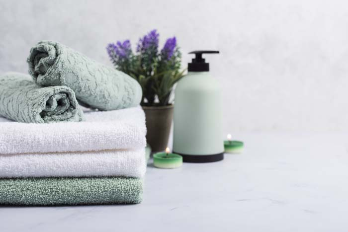 Personalize Your Towels #homedecor #hacks #decorhomeideas